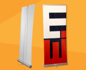 ROLL UP (RETRACTABLE BANNER)